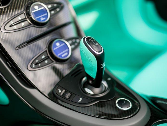 Bugatti_Veyron_Grand_Sport_Vitesse_Tiffany_Green_0033