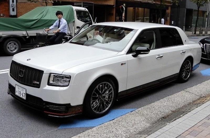 Το Century GRMN είναι το εταιρικό αυτοκίνητο του CEO της ...