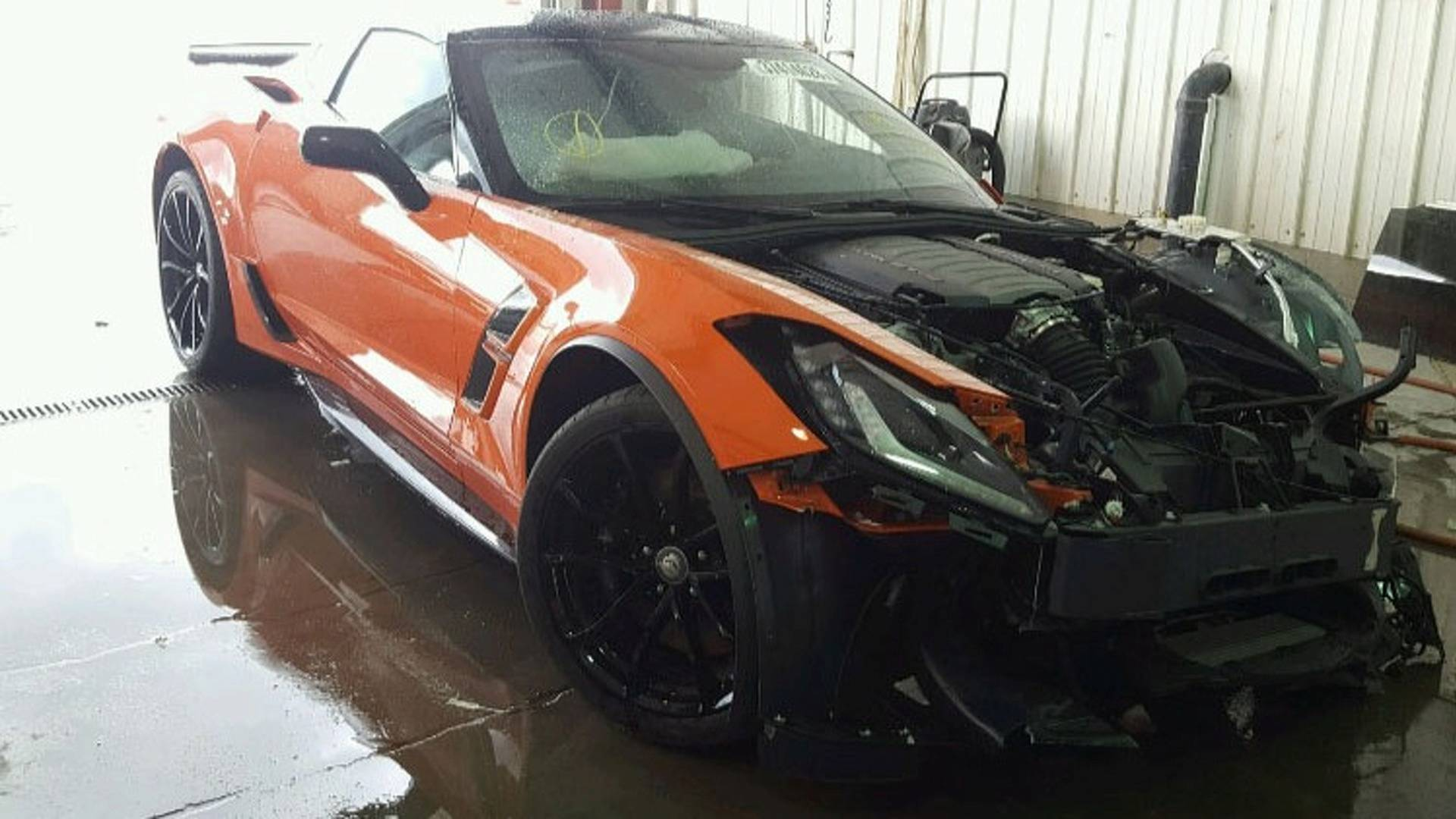Chevrolet Corvette Grand Sport crashed (4)
