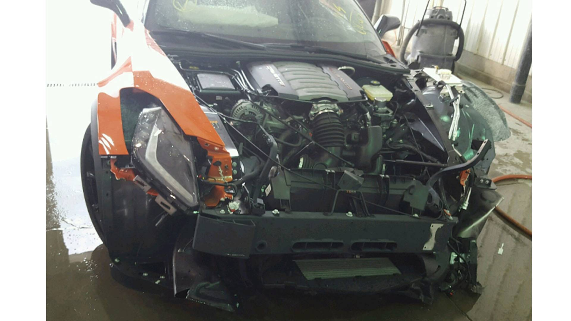 Chevrolet Corvette Grand Sport crashed (7)
