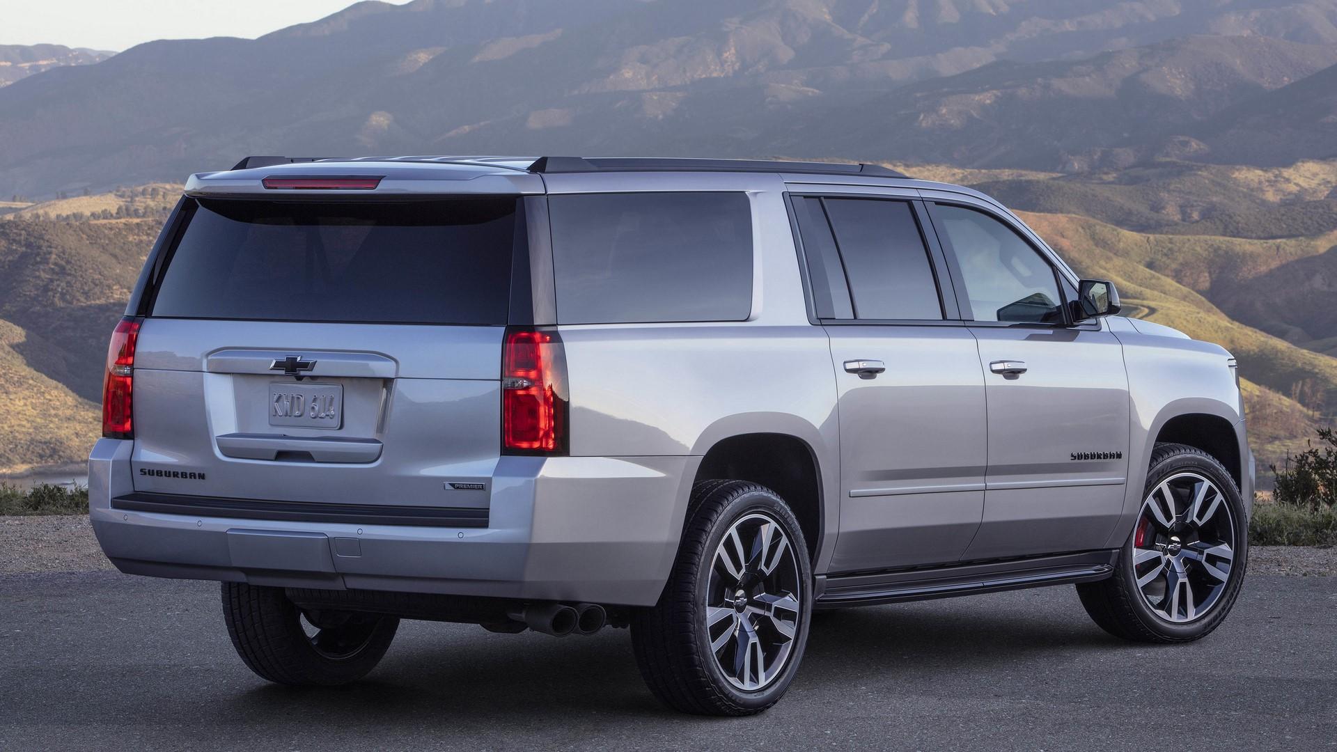 Chevrolet Suburban RST 2019 (2)