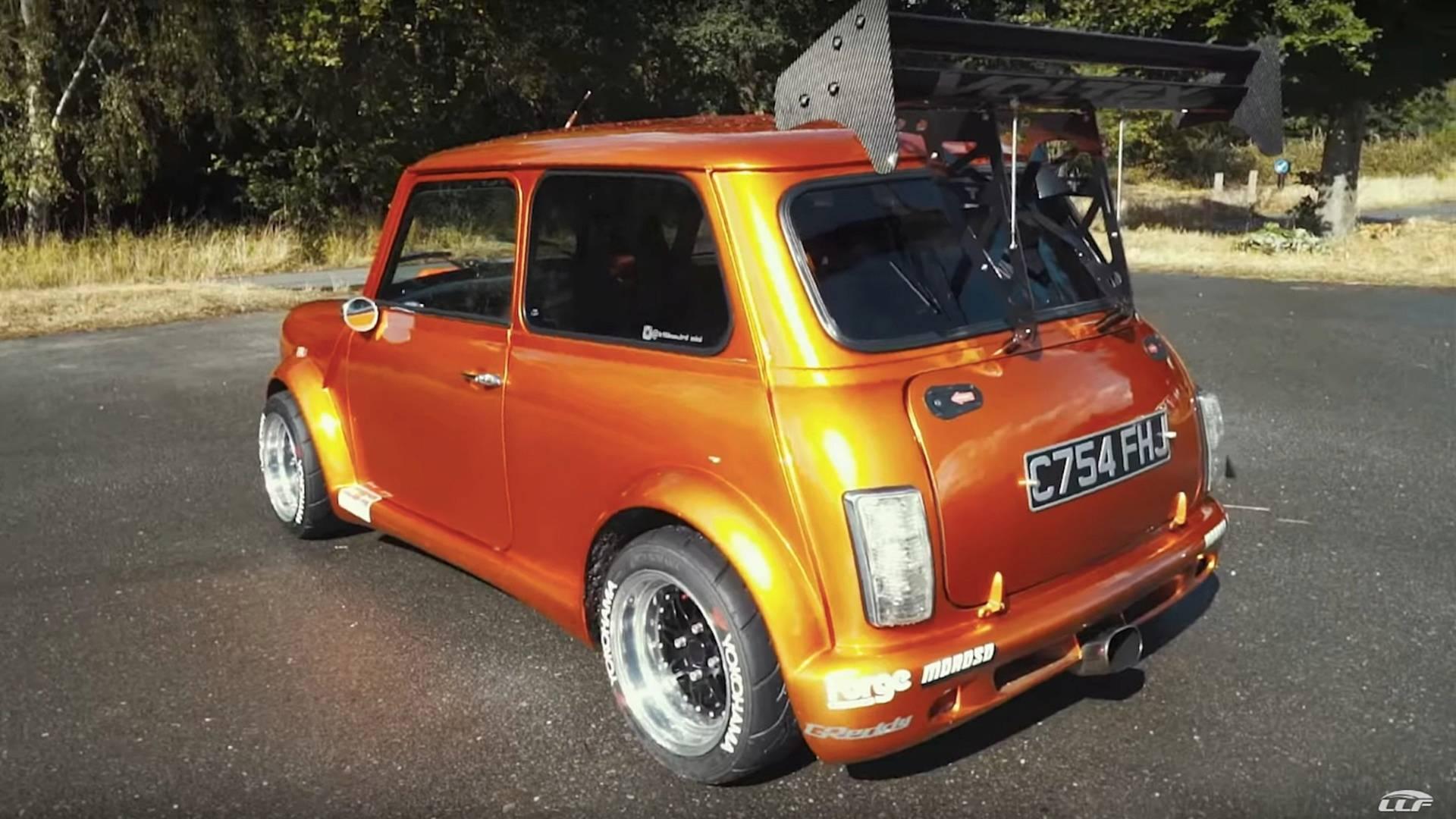 360-hp-turbocharged-classic-mini (10)