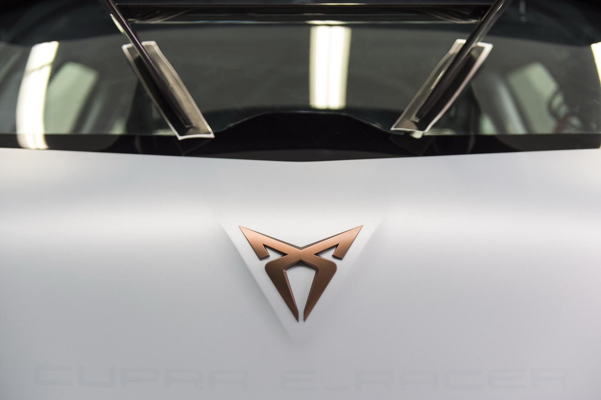 2018-cupra-e-racer-concept-7