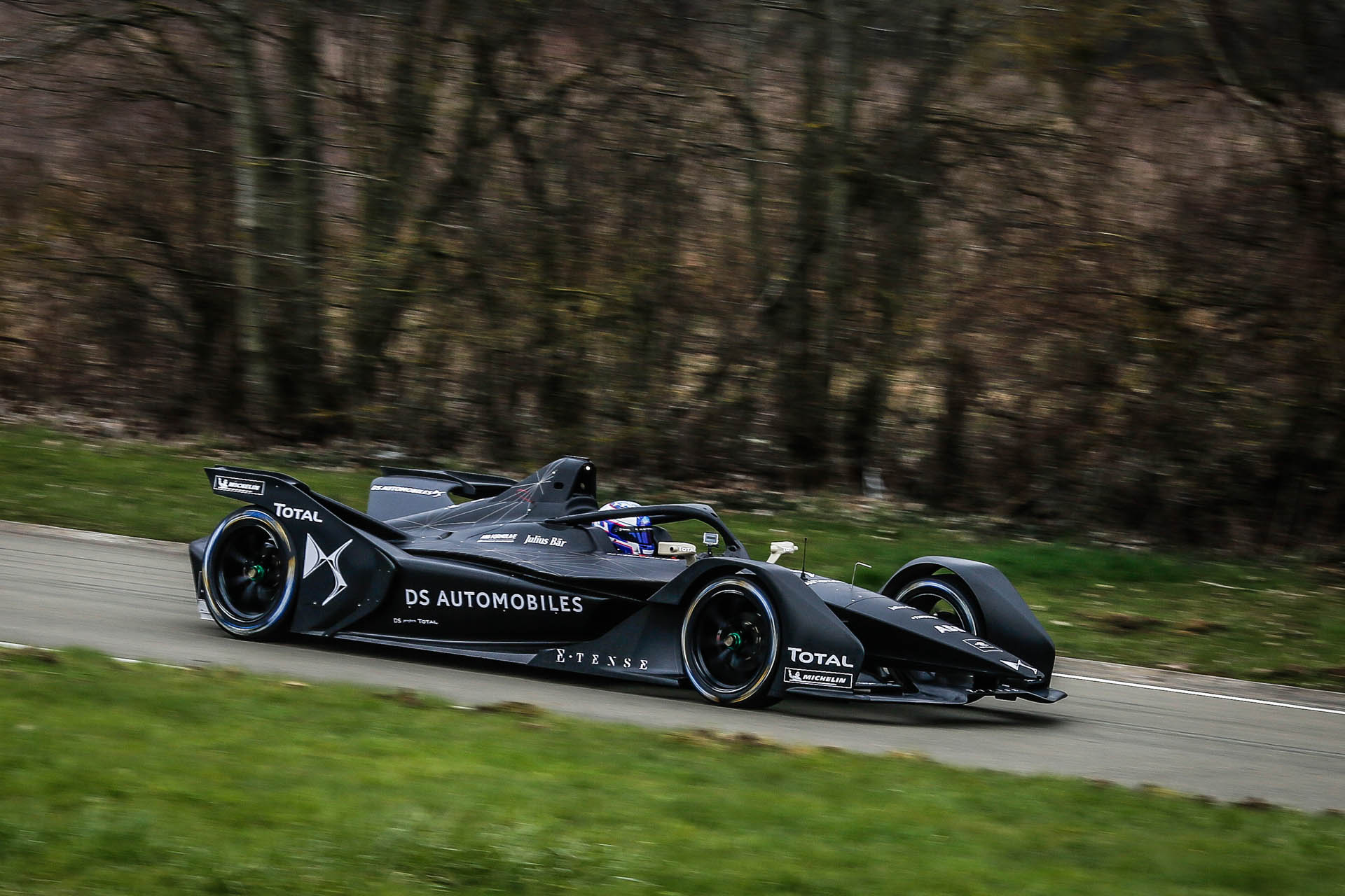 DS_Virgin_Racing_E-Tense_FE_19_0001