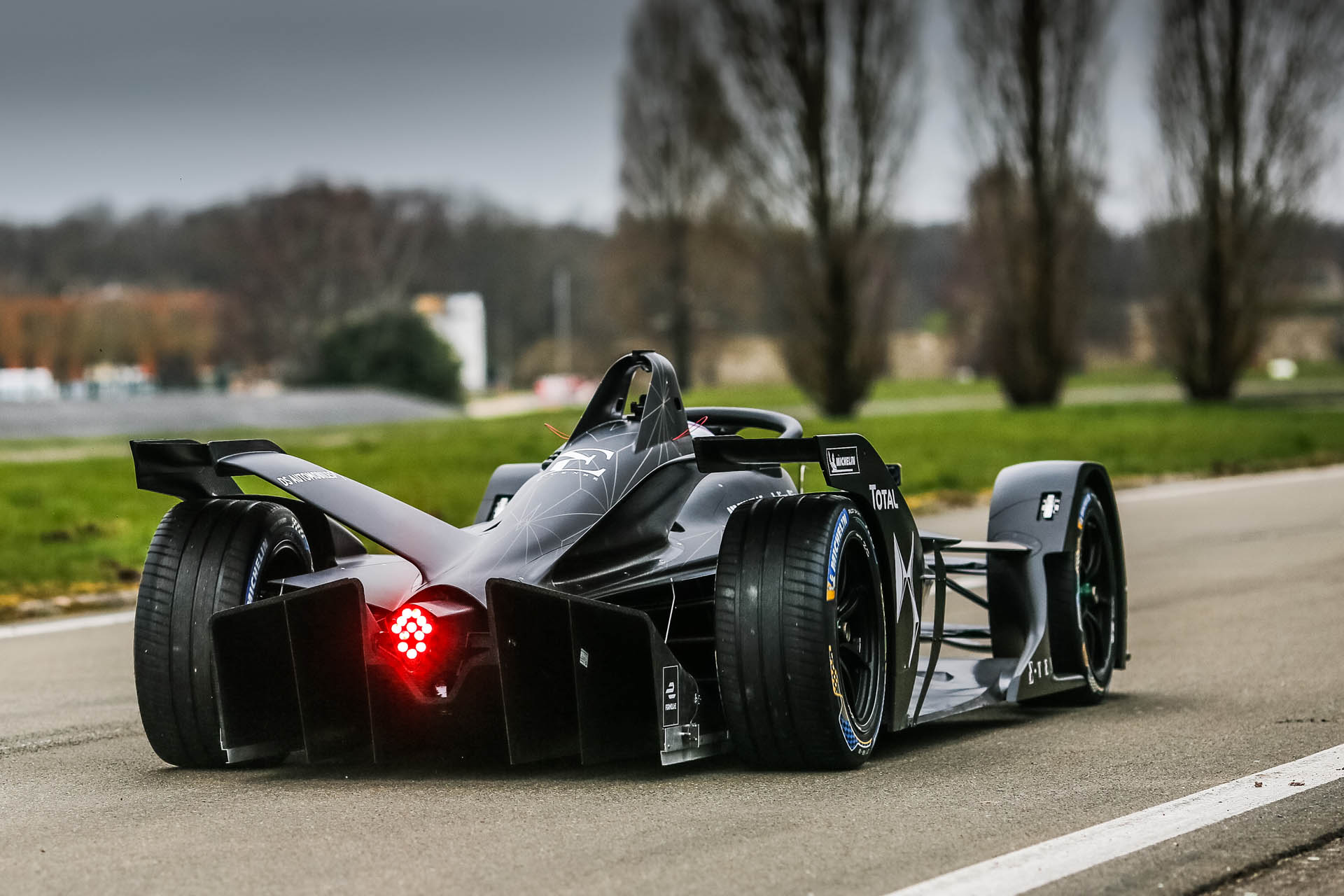 DS_Virgin_Racing_E-Tense_FE_19_0002