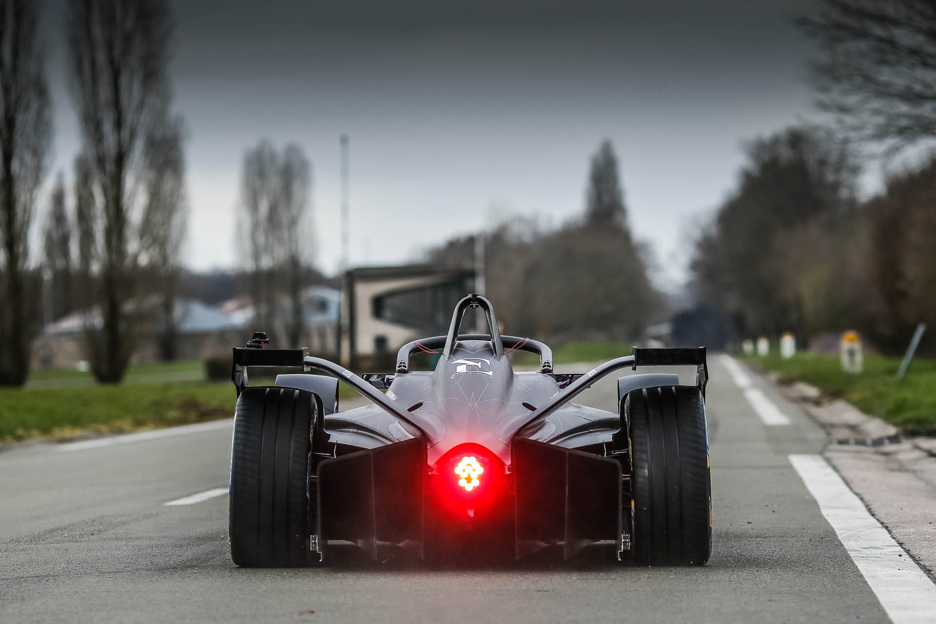 DS_Virgin_Racing_E-Tense_FE_19_0003