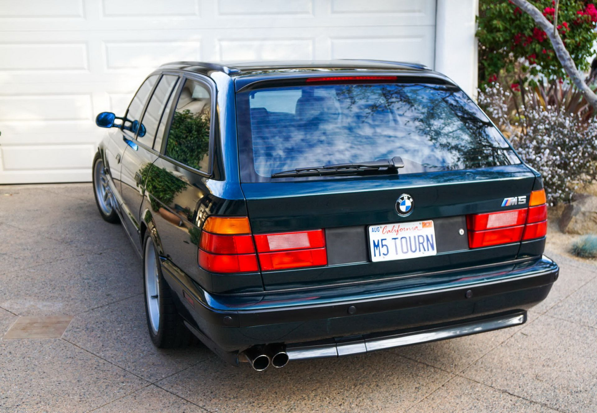 E34 BMW M5 Touring for sale (10)
