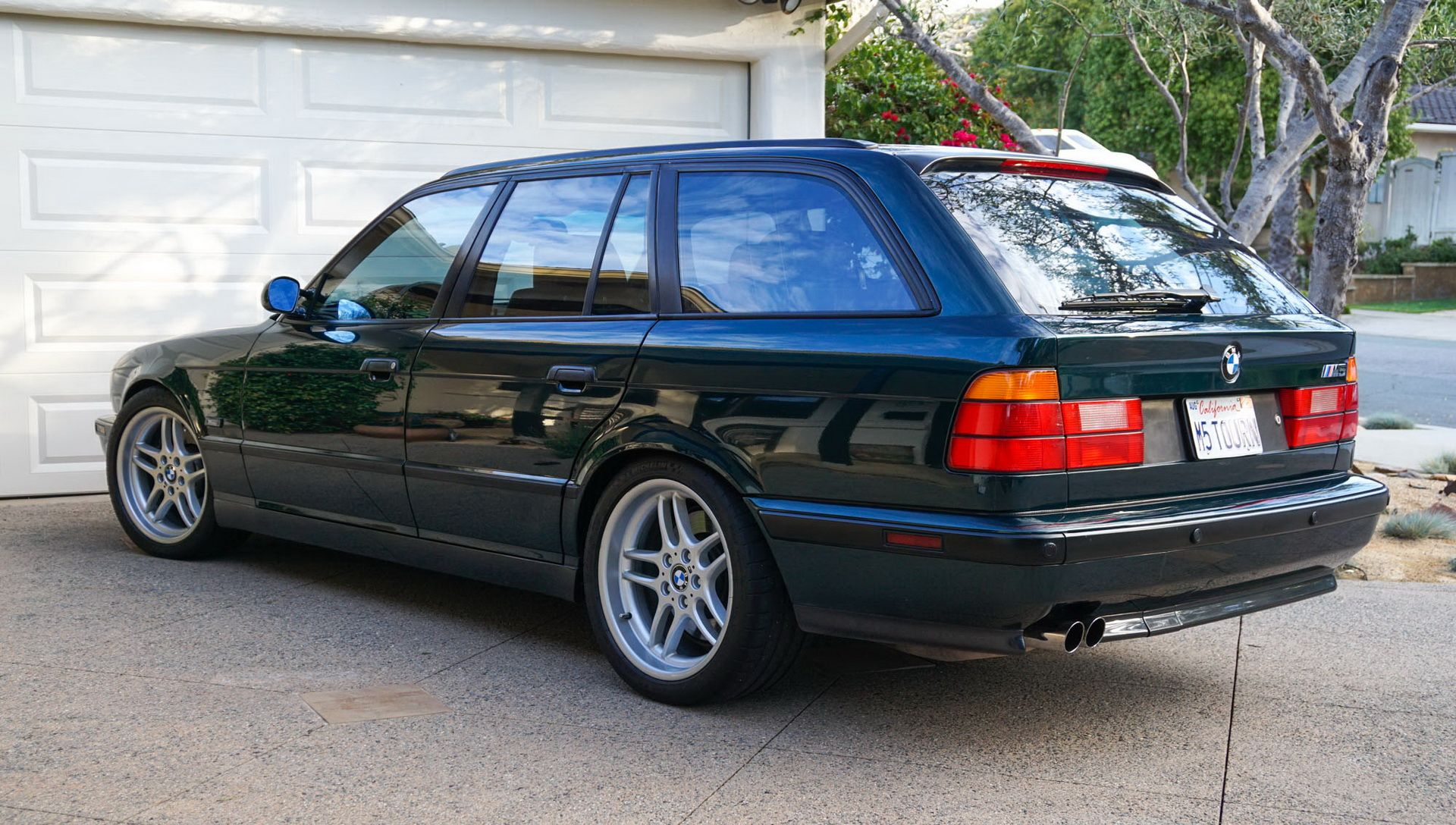 E34 BMW M5 Touring for sale (11)
