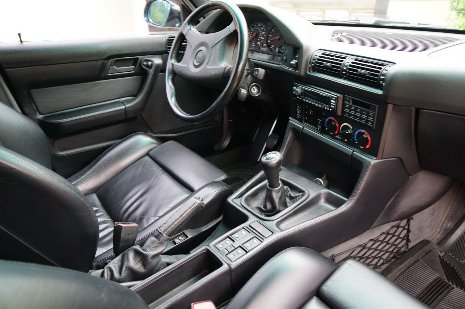 E34 BMW M5 Touring for sale (12)