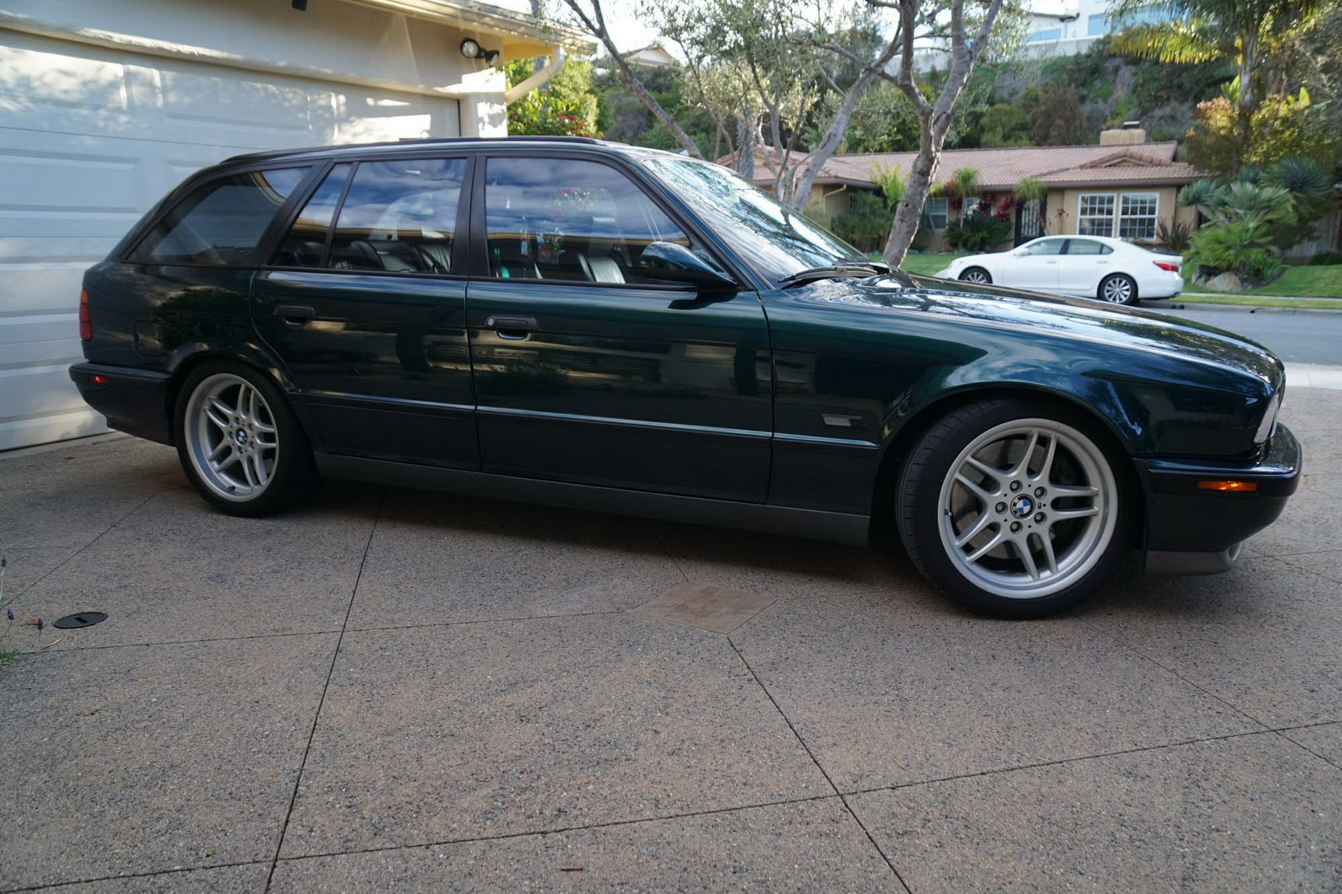 E34 BMW M5 Touring for sale (4)