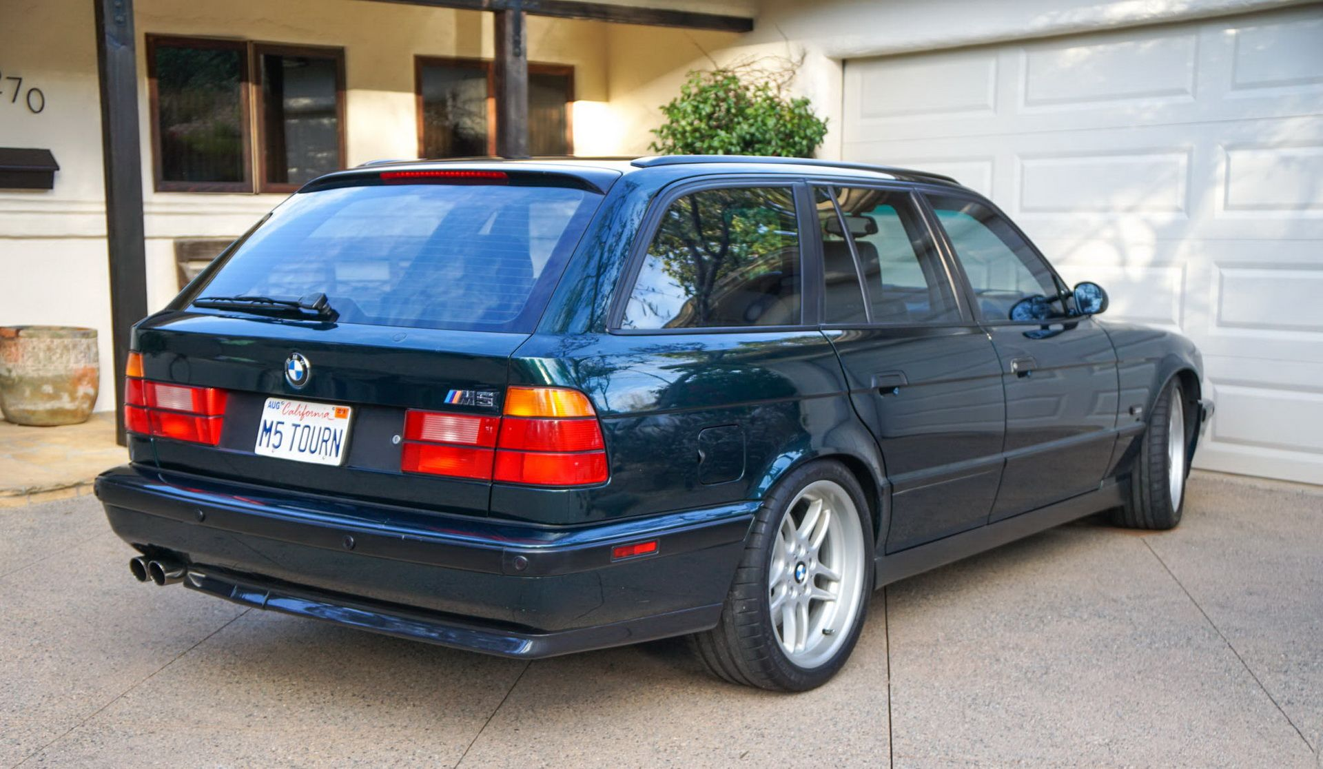 E34 BMW M5 Touring for sale (5)