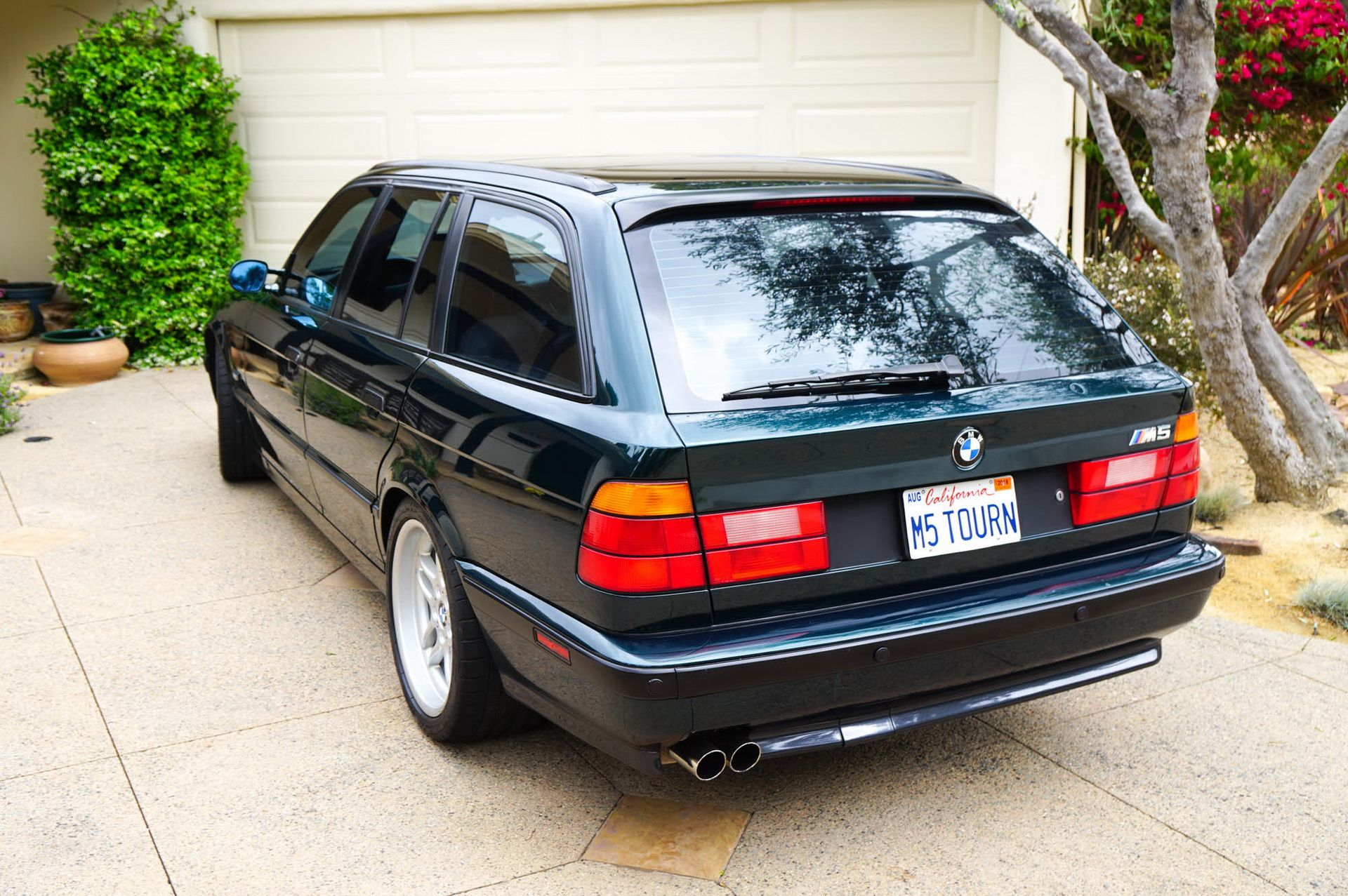 E34 BMW M5 Touring for sale (7)