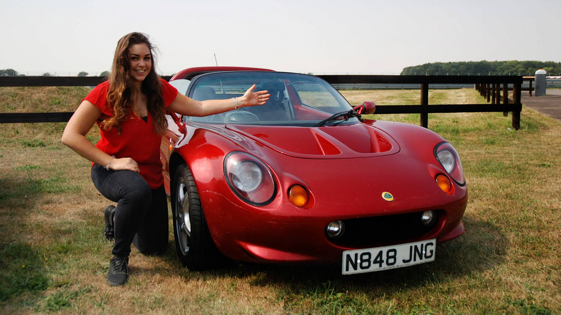 Elisa_Artioli_and_the_Lotus_Elise_02