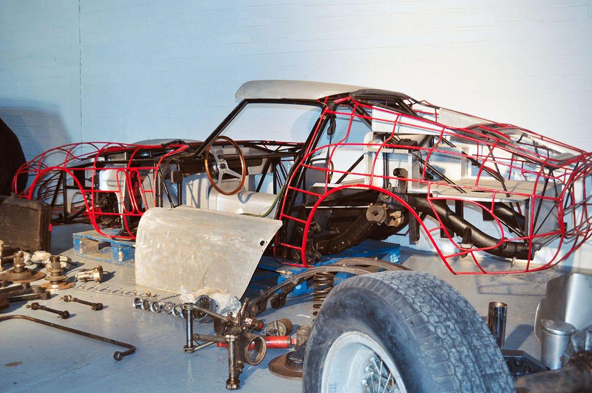 Ferrari 250 GTO parts (2)