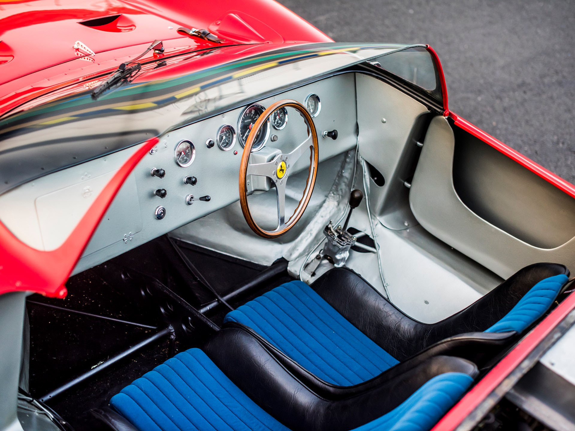 Ferrari 275 P auction (31)