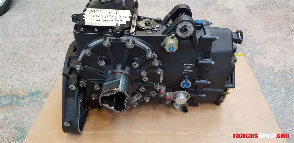 Ferrari 458 Italia GT3 engine for sale (5)