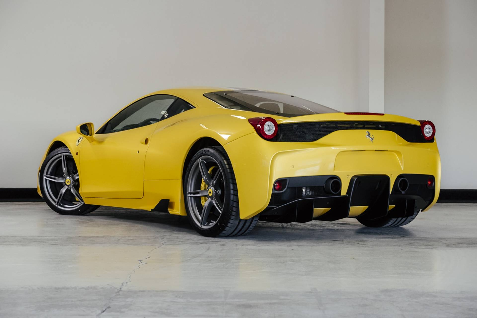 Ferrari_458_Speciale_for_sale_0002