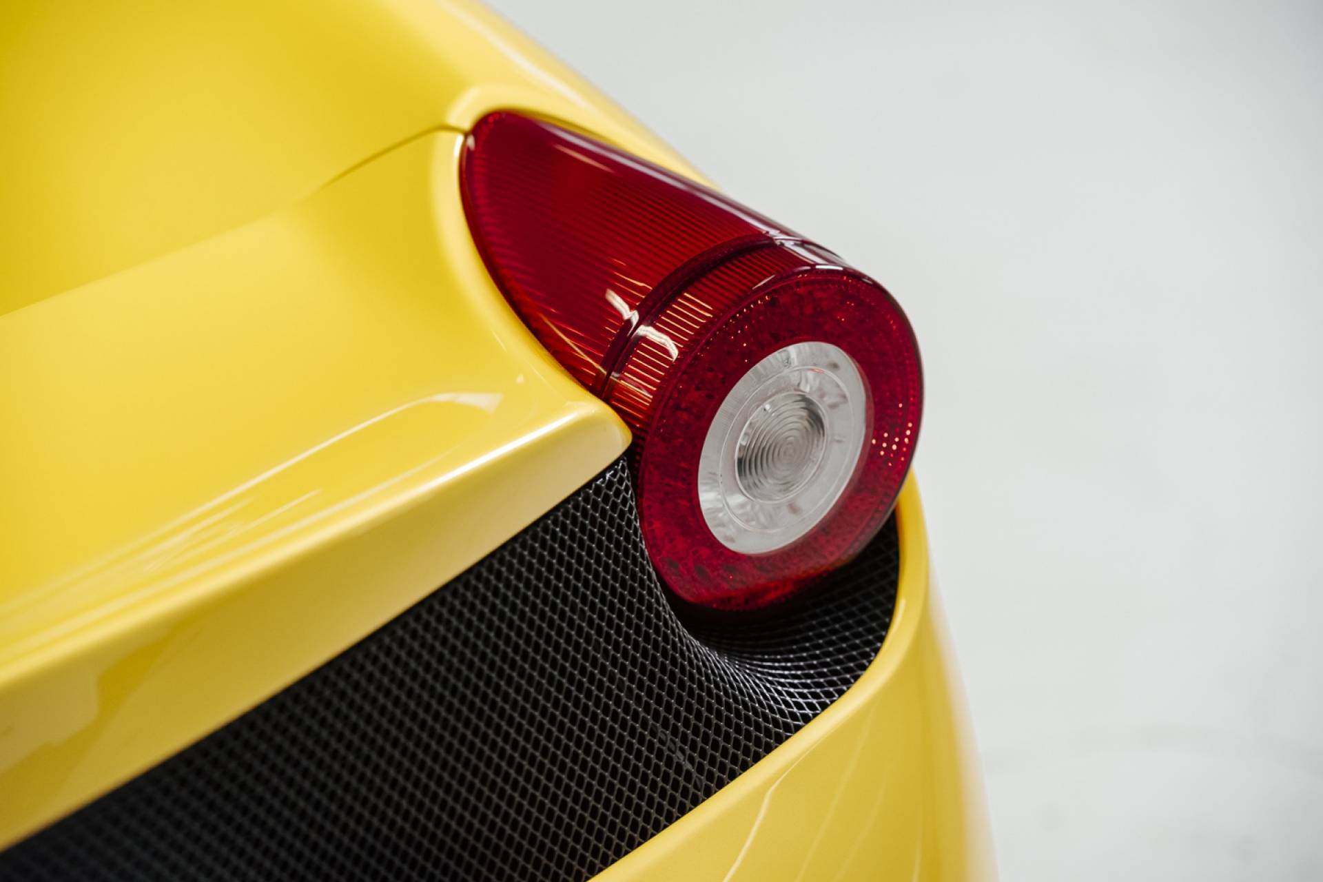 Ferrari_458_Speciale_for_sale_0019