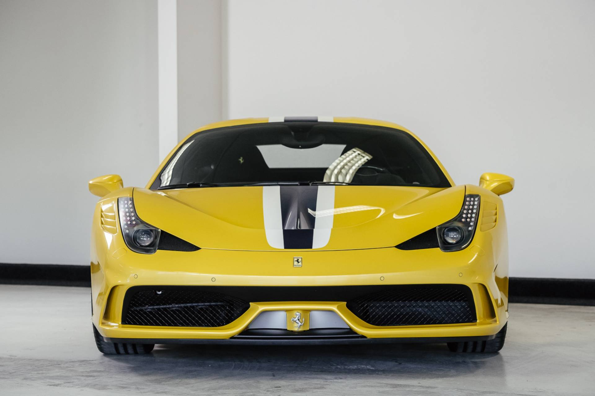 Ferrari_458_Speciale_for_sale_0020