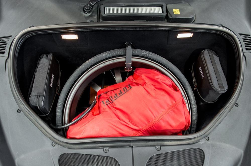 Ferrari_458_Speciale_A_for_sale_0023