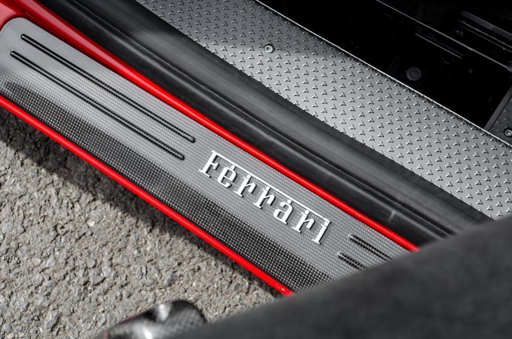 Ferrari_458_Speciale_A_for_sale_0027