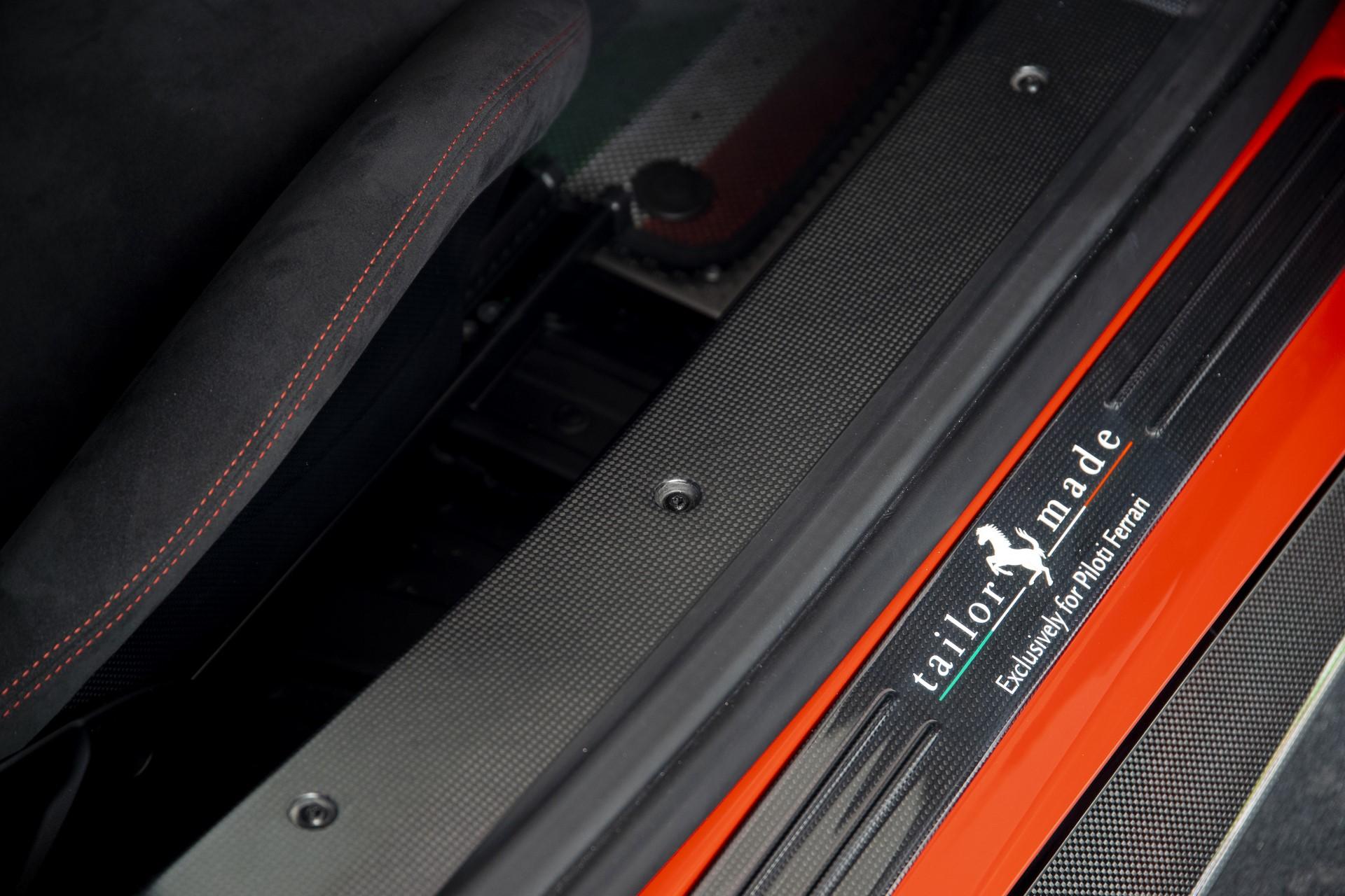 Ferrari 488 Pista Piloti (7)