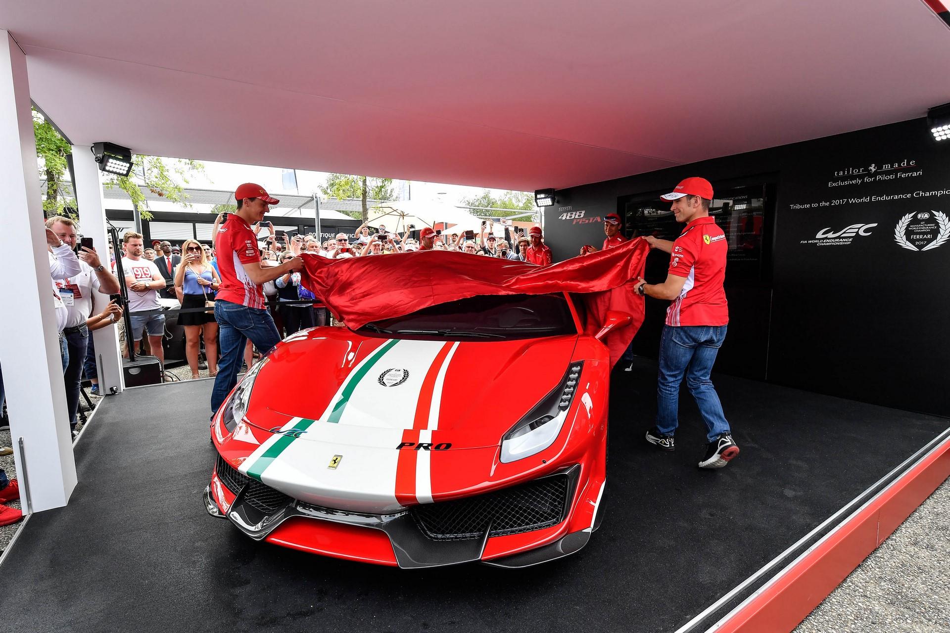 Ferrari 488 Pista Piloti (9)