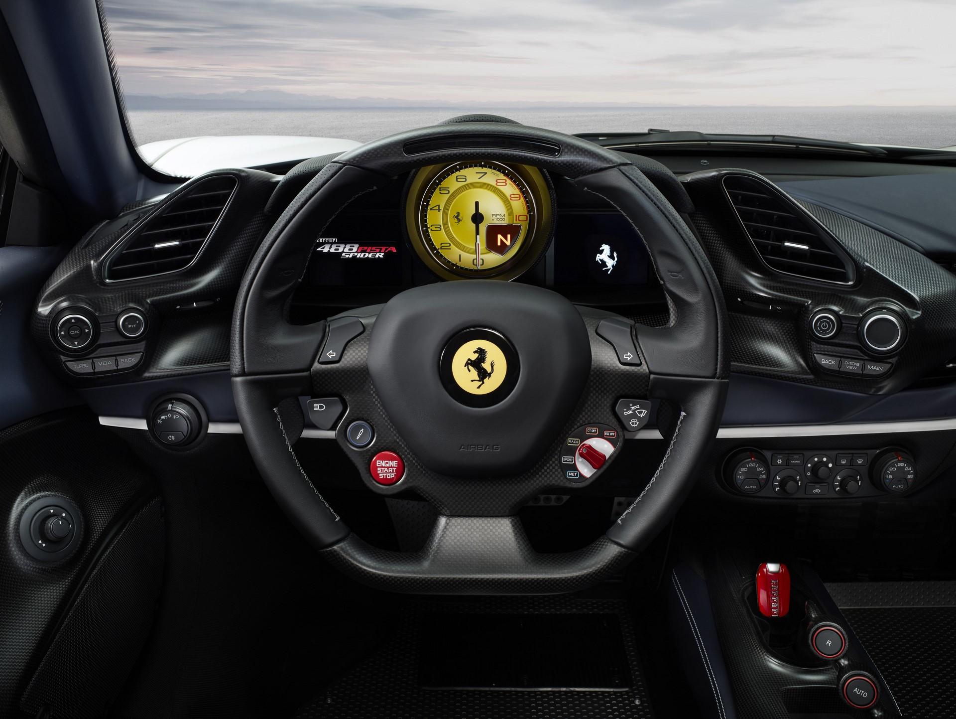 Ferrari 488 Pista Spider (8)