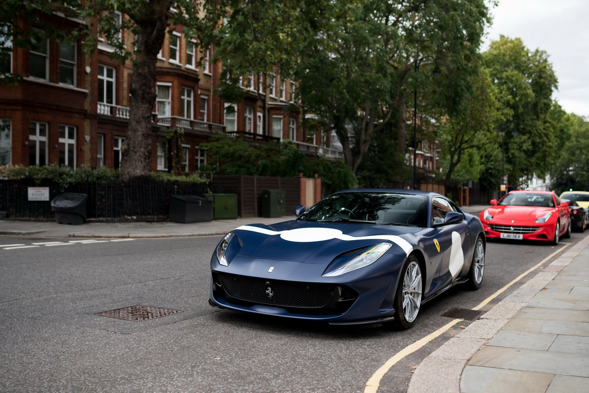Ferrari_812_Superfast_Tailor_Made_0002