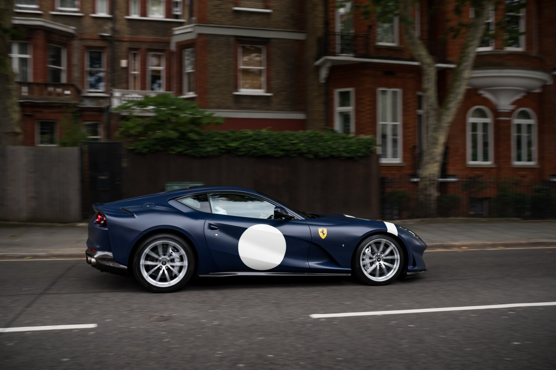 Ferrari_812_Superfast_Tailor_Made_0003