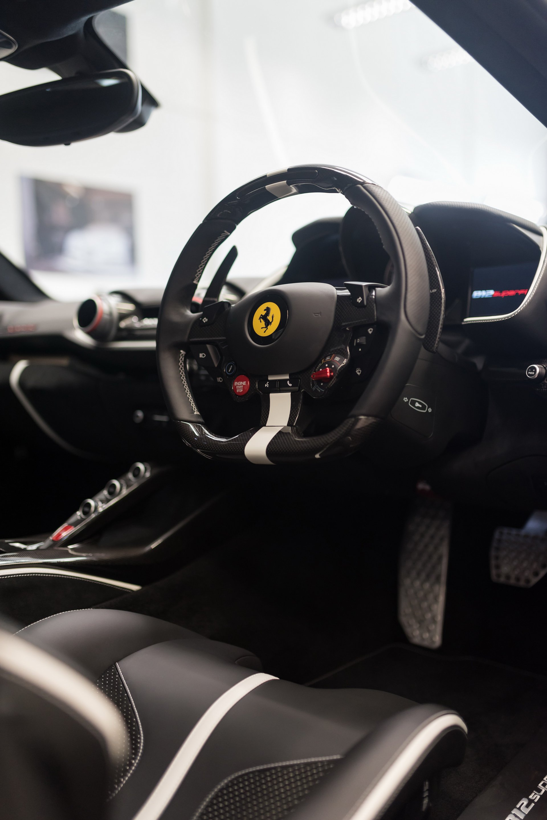 Ferrari_812_Superfast_Tailor_Made_0004