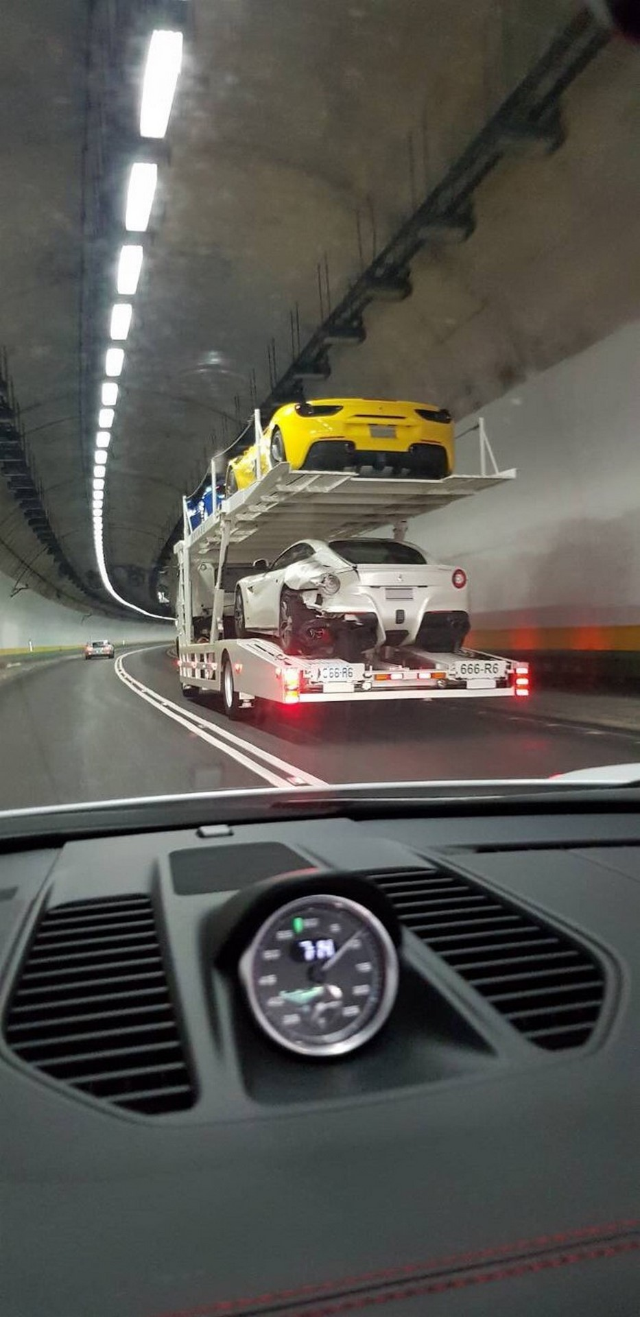 Ferrari Crash Taiwan (7)