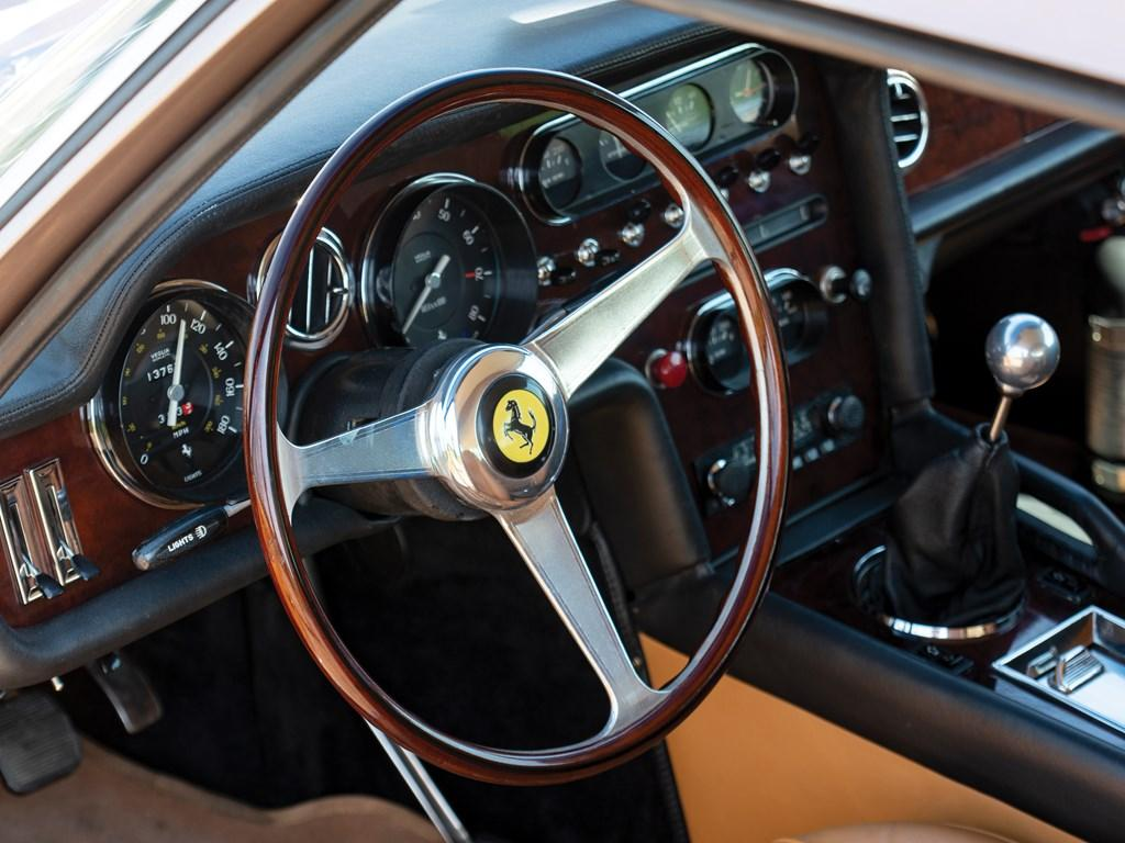 14-ferrari-330gt-shooting-brake-jay-kay