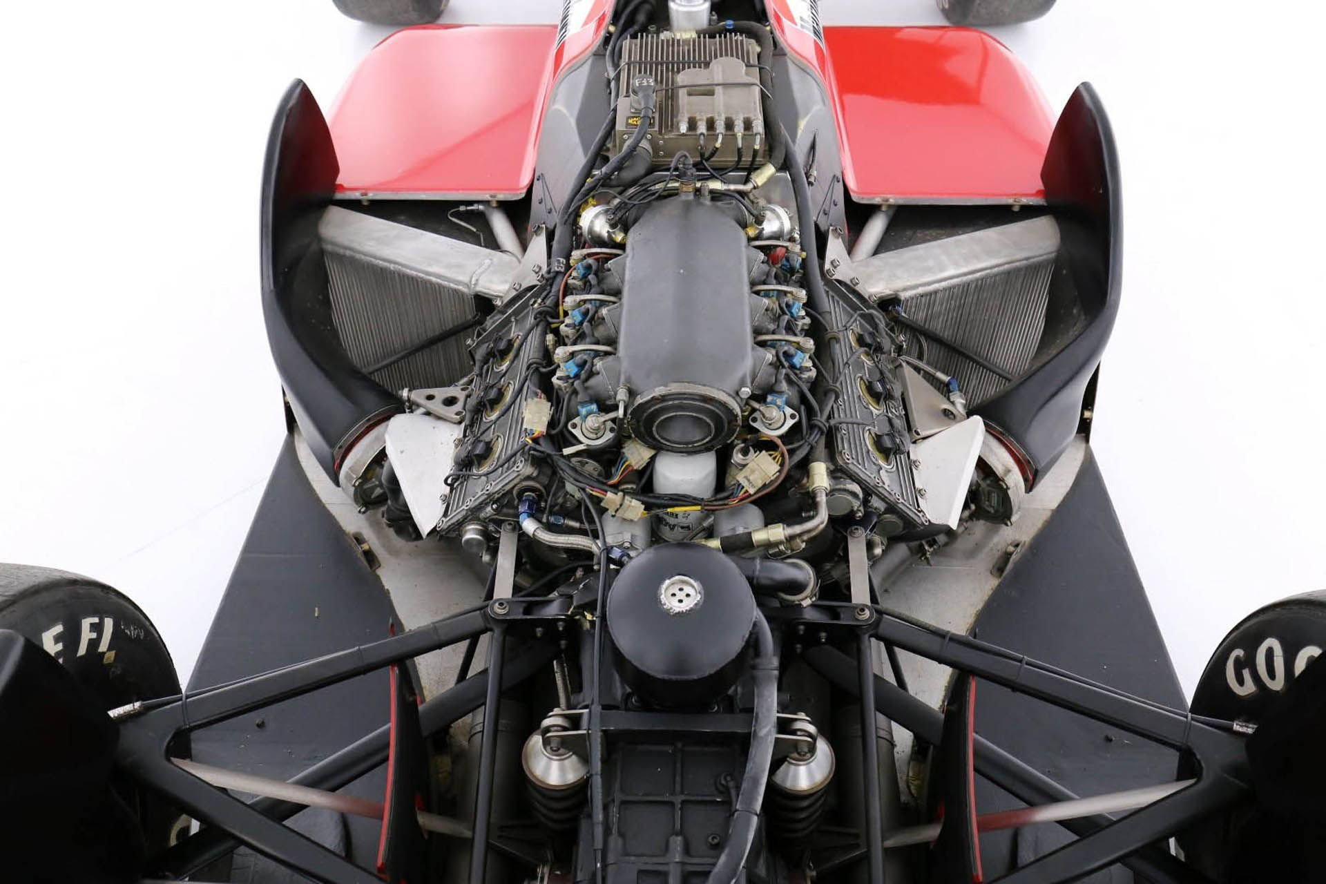 Ferrari-F1-87-02