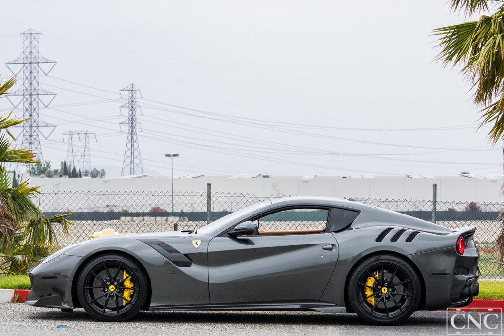 Ferrari_F12tdf_0003