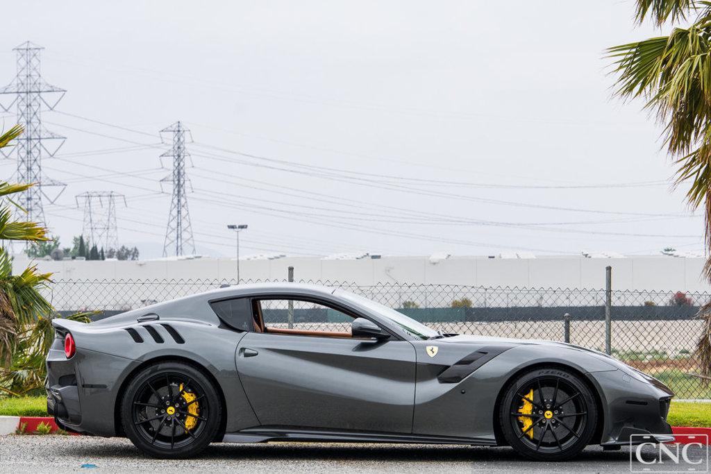 Ferrari_F12tdf_0004