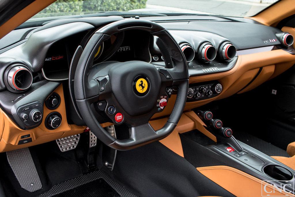 Ferrari_F12tdf_0009