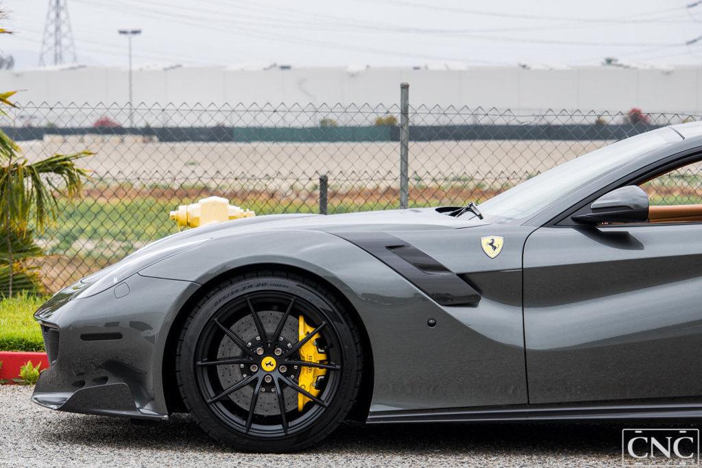 Ferrari_F12tdf_0057