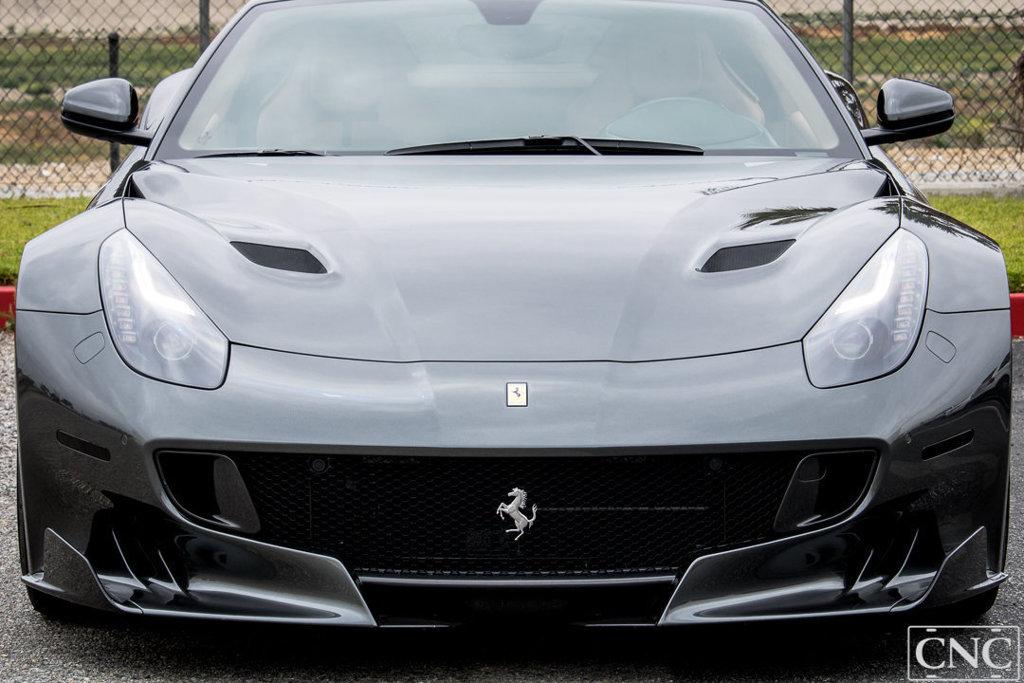 Ferrari_F12tdf_0074