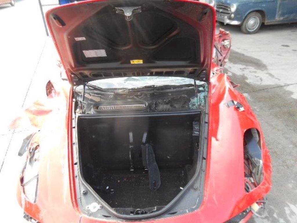 Ferrari F430 and Rolls Royce Ghost crash (7)