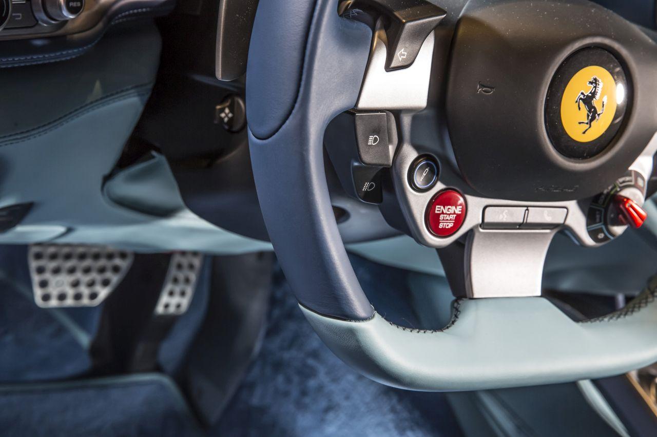 Ferrari GTC4Lusso Azzurra (13)