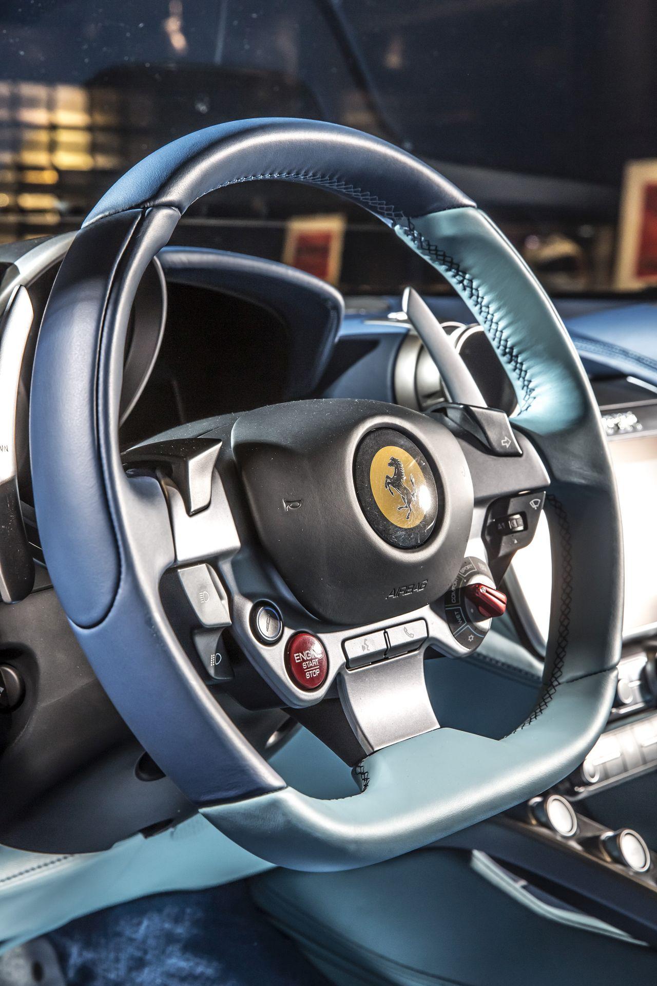 Ferrari GTC4Lusso Azzurra (16)