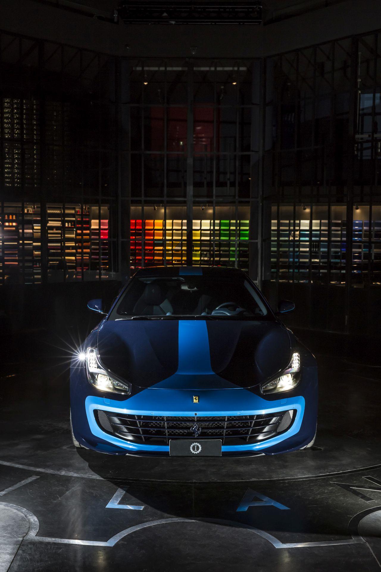 Ferrari GTC4Lusso Azzurra (4)