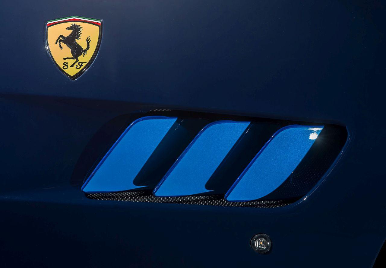 Ferrari GTC4Lusso Azzurra (46)
