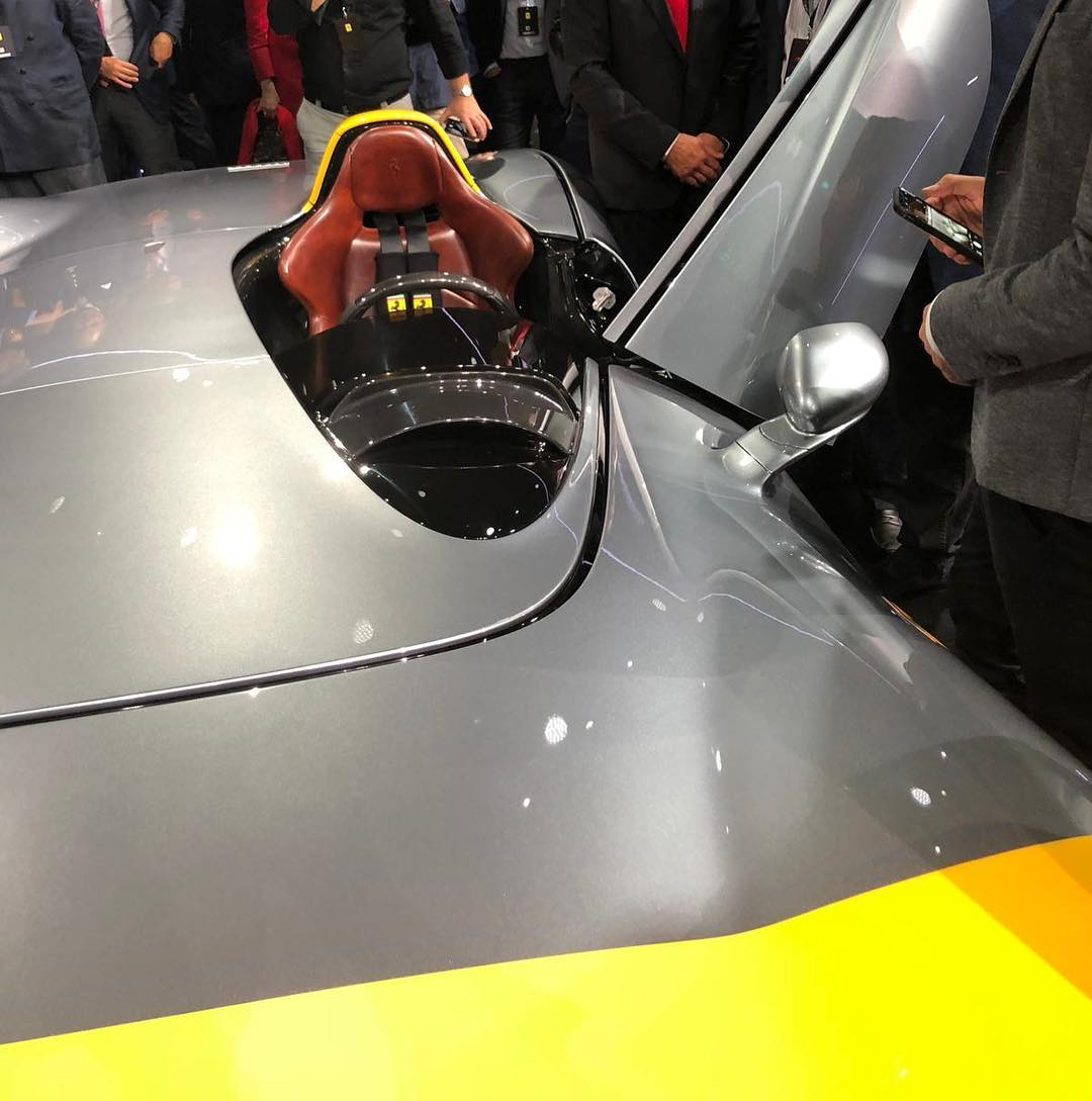 Ferrari Monza SP1 and Monza SP2 live (2)