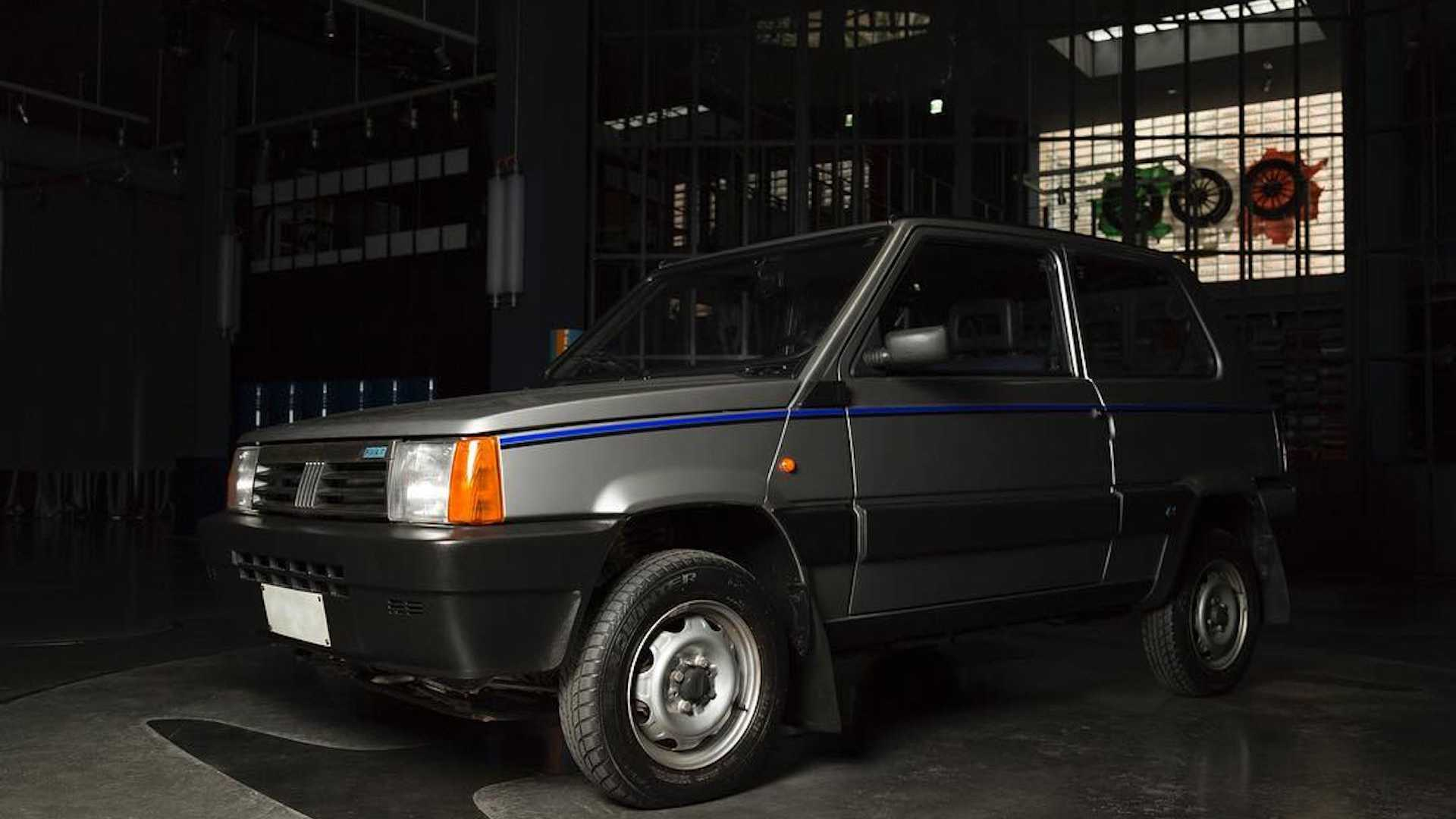 Fiat Panda 4x4 restored by Garage Italia Customs (1)