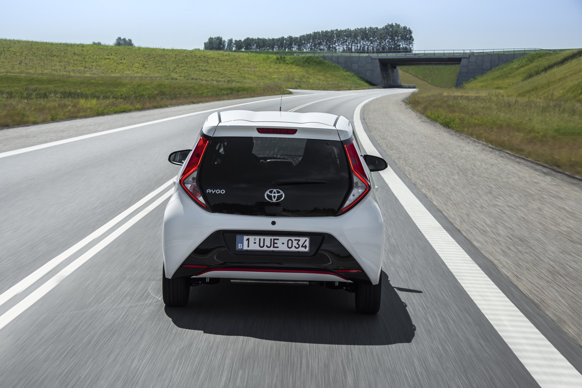 Toyota_Aygo_facelift_presskit_0058