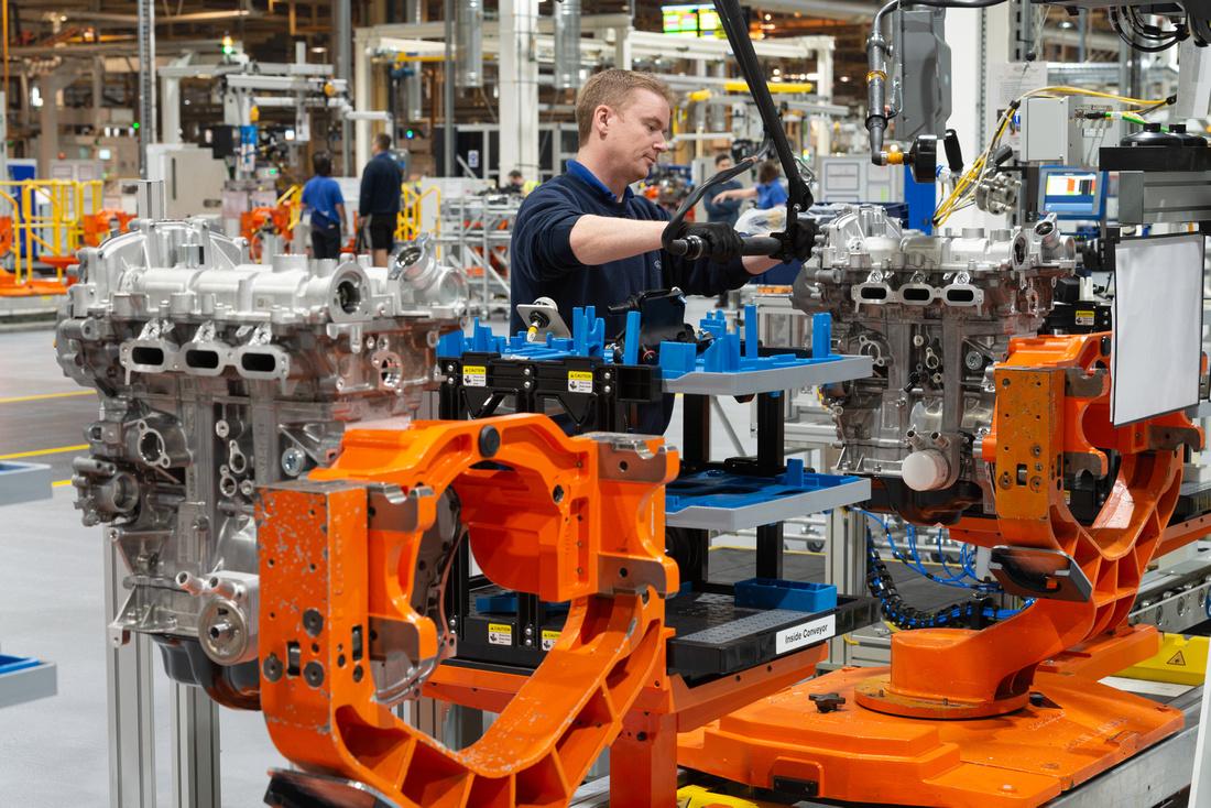 03 Ford Bridgend - all-new 1.5L 3Cylinder engine line