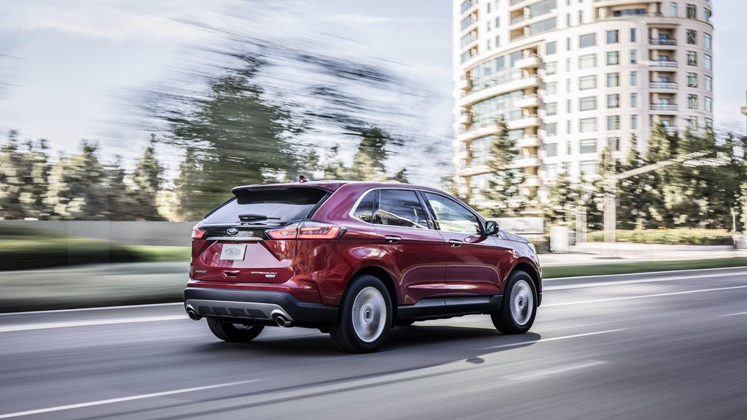 2019-ford-edge-titanium-3-1