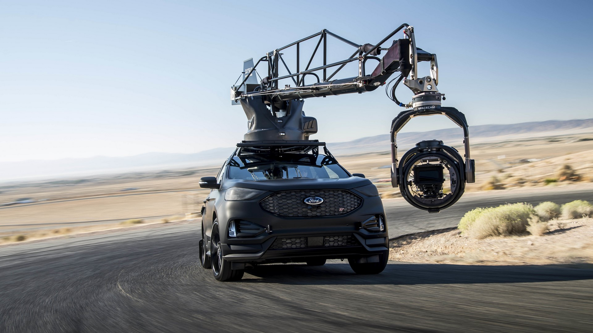 Ford Edge ST Camera Car (22)